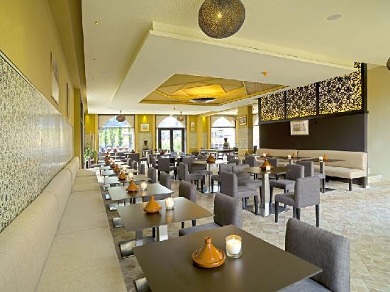 Adam Park Marrakech Hotel  & Spa: restaurant marocain