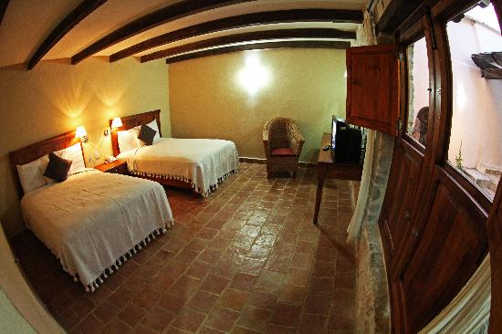 Hotel San Marcos: Room