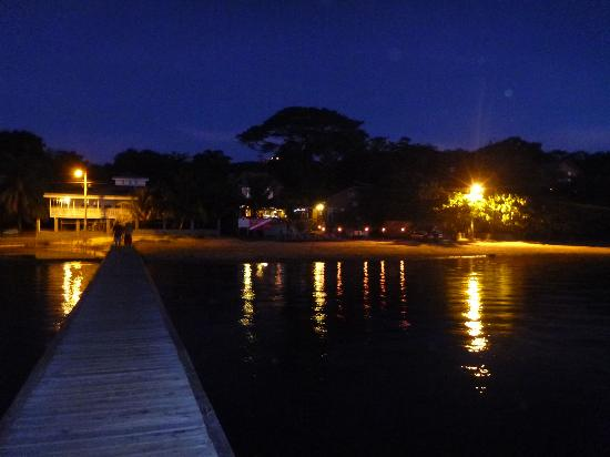 Blue Bahia Resort: view from dock after sunset
