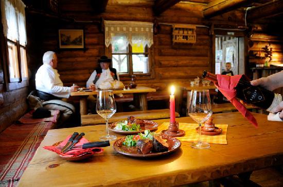 Hotel Diery: Traditional slovak restaurant Koliba