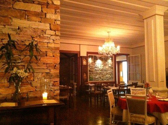 Senhora do Rosario: dining room
