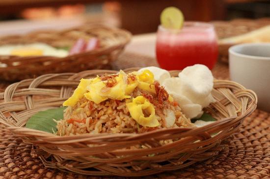 Echoland: breakfast