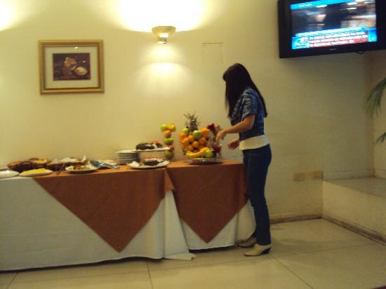 Gran Hotel Guarani: 30-Corrientes-Hotel Guaraní: Desayuno