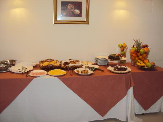Gran Hotel Guarani: 28-Corrientes-Hotel Guaraní: Desayuno