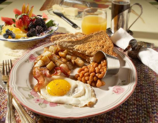 Gite et Centre de Sante des Loups: Petit Déjeuner / Breakfast