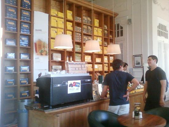 Havanna Cafe Corrientes: 5-Corrientes-Havanna Café: Mostrador