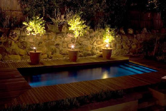Four Rosmead: Pool by night