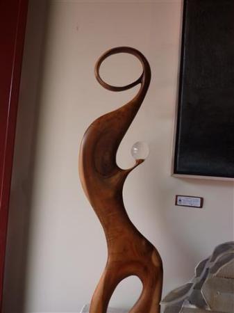 Holualoa Village: koa wood scupture