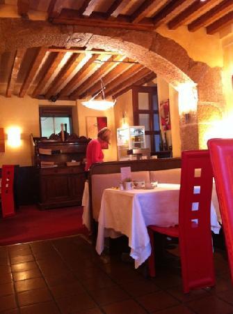 L'Hotel de France : breakfast