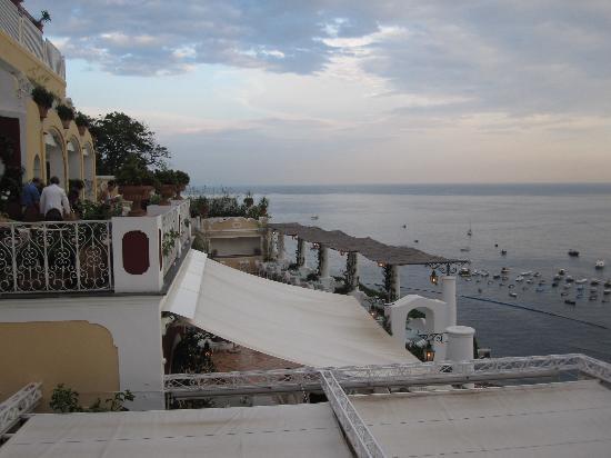 Le Sirenuse Hotel: Coucher de soleil depuis le bar