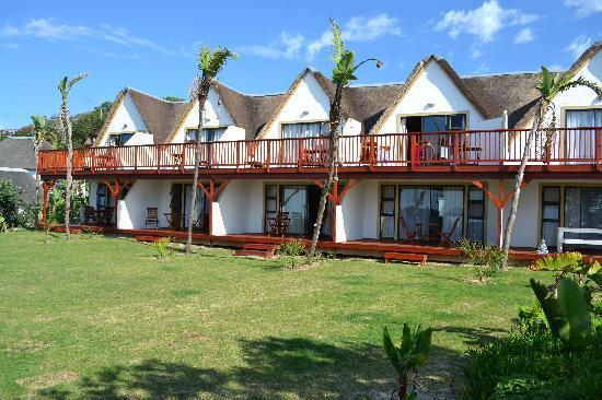 Crawford's Beach Lodge: Beachfront rooms