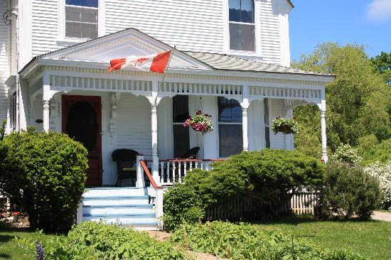 A Seafaring Maiden Bed and Breakfast : Spring @ A Seafaring Maiden B&B