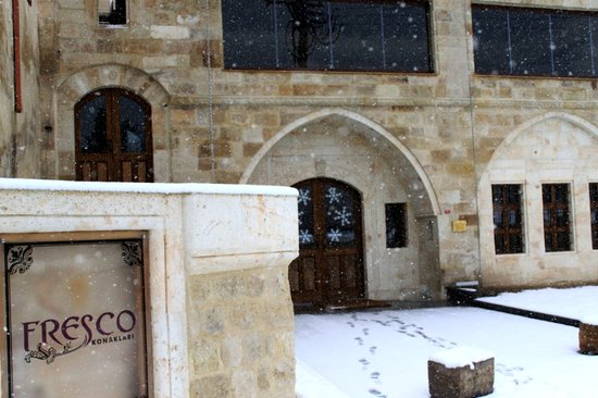 Fresco Cave Suites & Mansions: Winter at Fresco