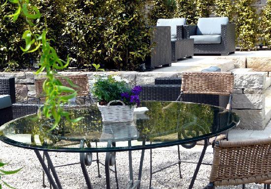 Restaurant Orangerie: Gartenlounge | garden lounge