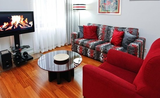 Galateia Residence: Junior Deluxe 1 Bedroom Apartment - Living Room