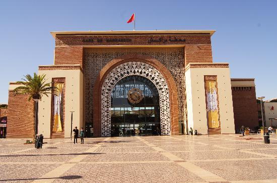 Marrakesh Express: Marrakech train station