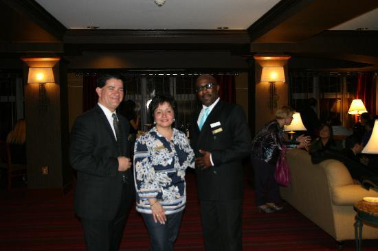 Holiday Inn Express Hotel & Suites: Managers Reception - Meet the Staff