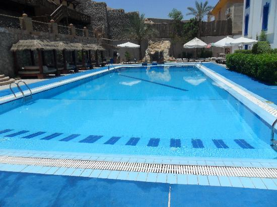 Bay View Hotel: Pool