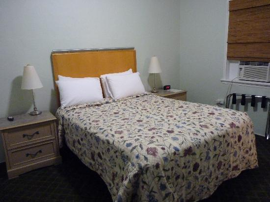 Historic Tavernier Inn Hotel: chambre
