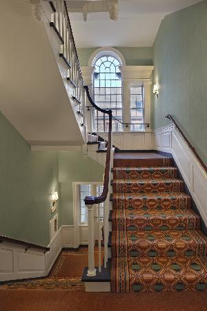 Lord Jeffery Inn: Historic Grand Staircase