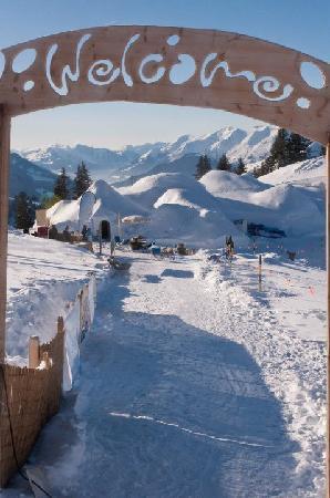 Gstaad, Svizzera: Aussenansicht