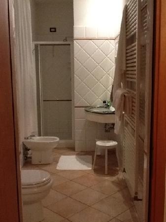 Hotel Rossi: bagno