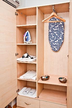 Mavi Konak: The standard material