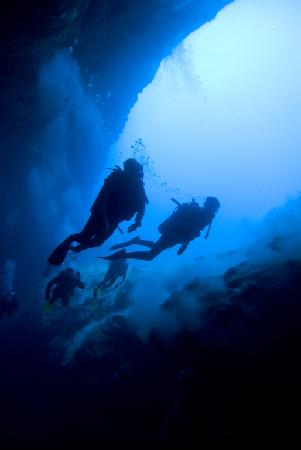 Small Hope Bay Lodge: Diving the Blue Hole