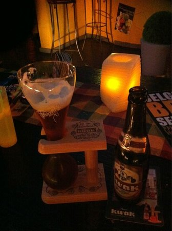 Caspers Belgian beers & cocktails: The Kwak is a Must