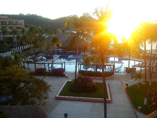 Barcelo Huatulco Beach Resort: habitacion
