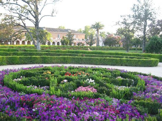 Jardines del parterre fotograf a de palacio real de - Parterre de jardin ...