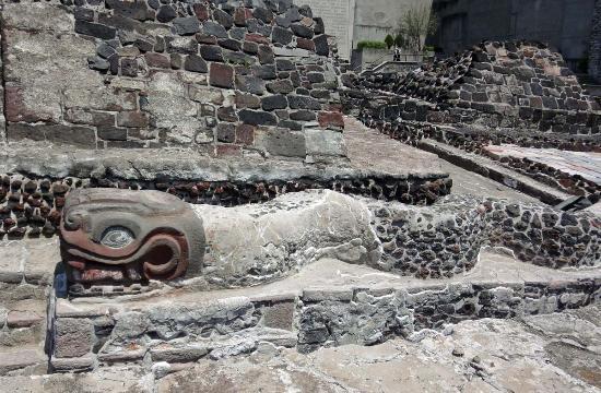 Museo del Templo Mayor: Templo Mayor: serpent in situ