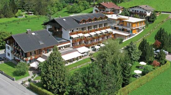 Alpenhotel Montafon: hotel general view