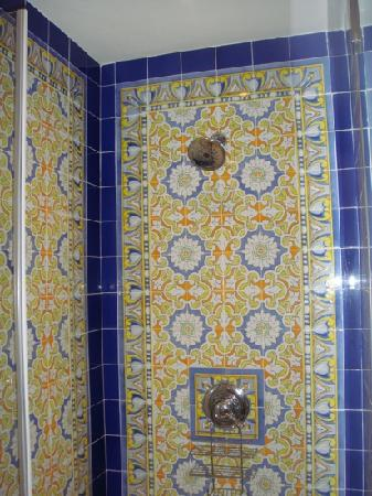 Las Clementinas Hotel: most beautiful shower ever-Las Clementinas