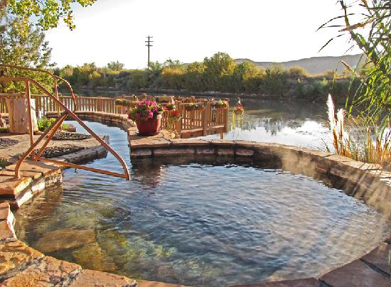 Truth or Consequences, Nouveau-Mexique : Riverbend Hot Springs on the Rio Grande