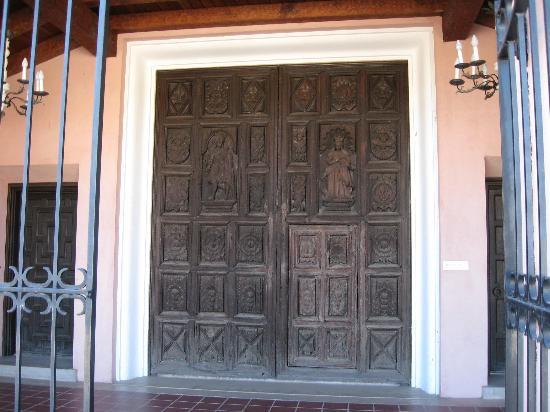 Amerind Foundation Museum: Old church door in front of art museum