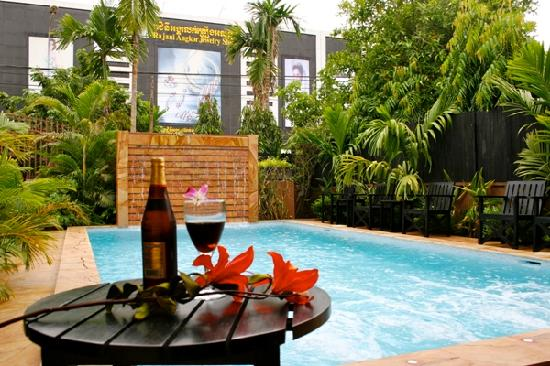 Shining Angkor Boutique Hotel: Pool