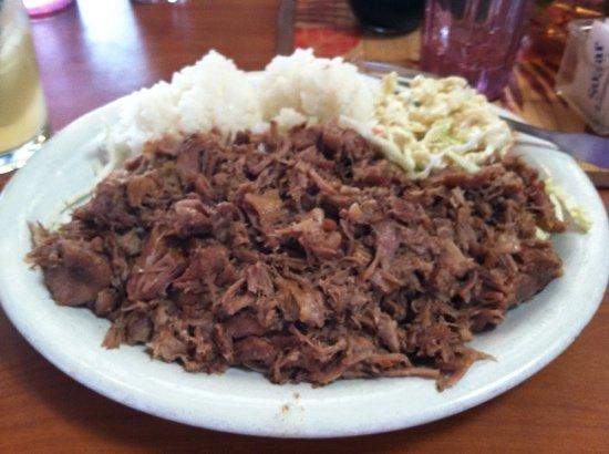 Bamboo Grove Hawaiian Grille: kalua pork......BIG portions !!!