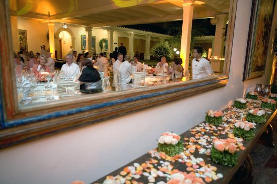 لاس مانانيتاس هوتل جاردن رستورنت آند سبا: La Casa Nueva