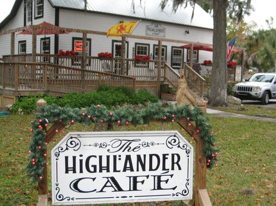 Highlander Cafe: Outside pic