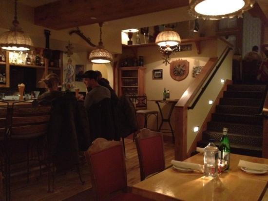 Alpenrose Restaurant: First floor bar & cafe area.