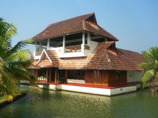 Aquasserenne: Lake villas