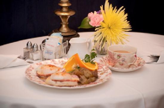 Eggs Benedict, Ballastone Inn Bed and Breakfast