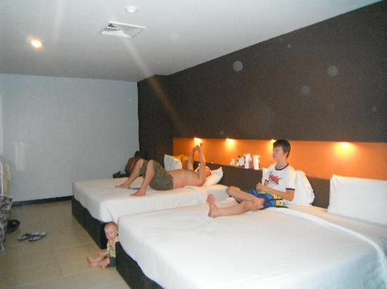 Miramar Hotel Bangkok: deluxe room