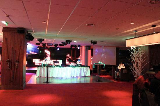 Club Med Tignes Val Claret : Stage and dance floor