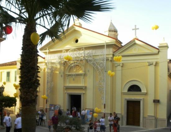 Santuario Santa Maria a Mare : S. Maria a Mare