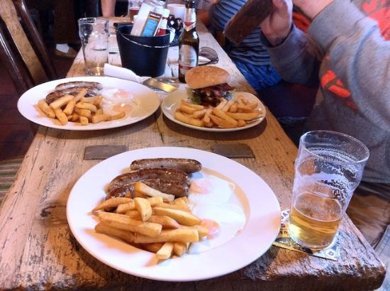 Prince of Wales: Excellent food and beer