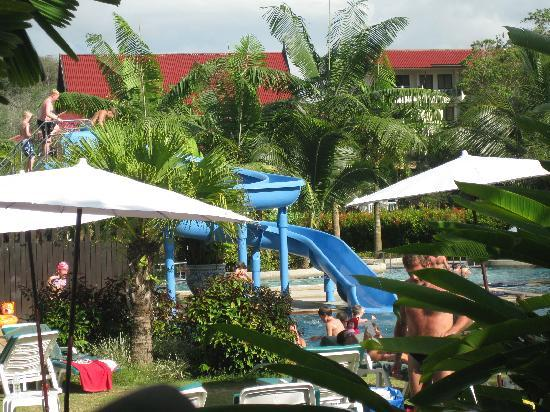 Khao Lak Emerald Beach Resort & Spa: childrens pool