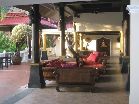Khao Lak Emerald Beach Resort & Spa: lobby