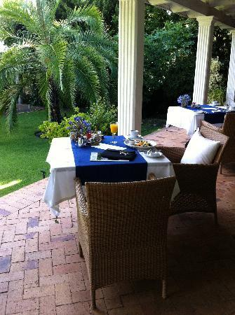 Villa Exner: Breakfast on the terrace